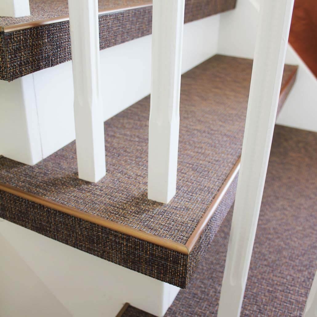 Detail overzettreden geweven PVC Woven trap treden kleur spice