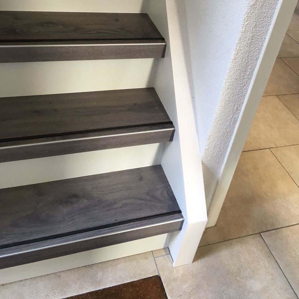PVC trapbekleding uitgevoerd in de Harmony Grey