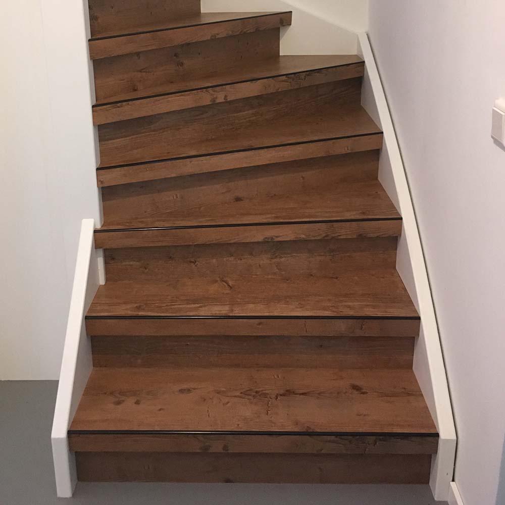 PVC op trap uitgevoerd met de kleur Liskamm