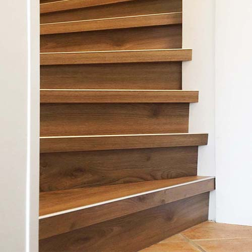 trap bekledn met PVC kleur Mesthorn