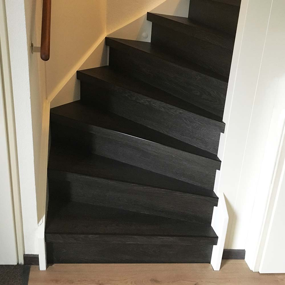 PVC op trap uitgevoerd in de kleur Scopi