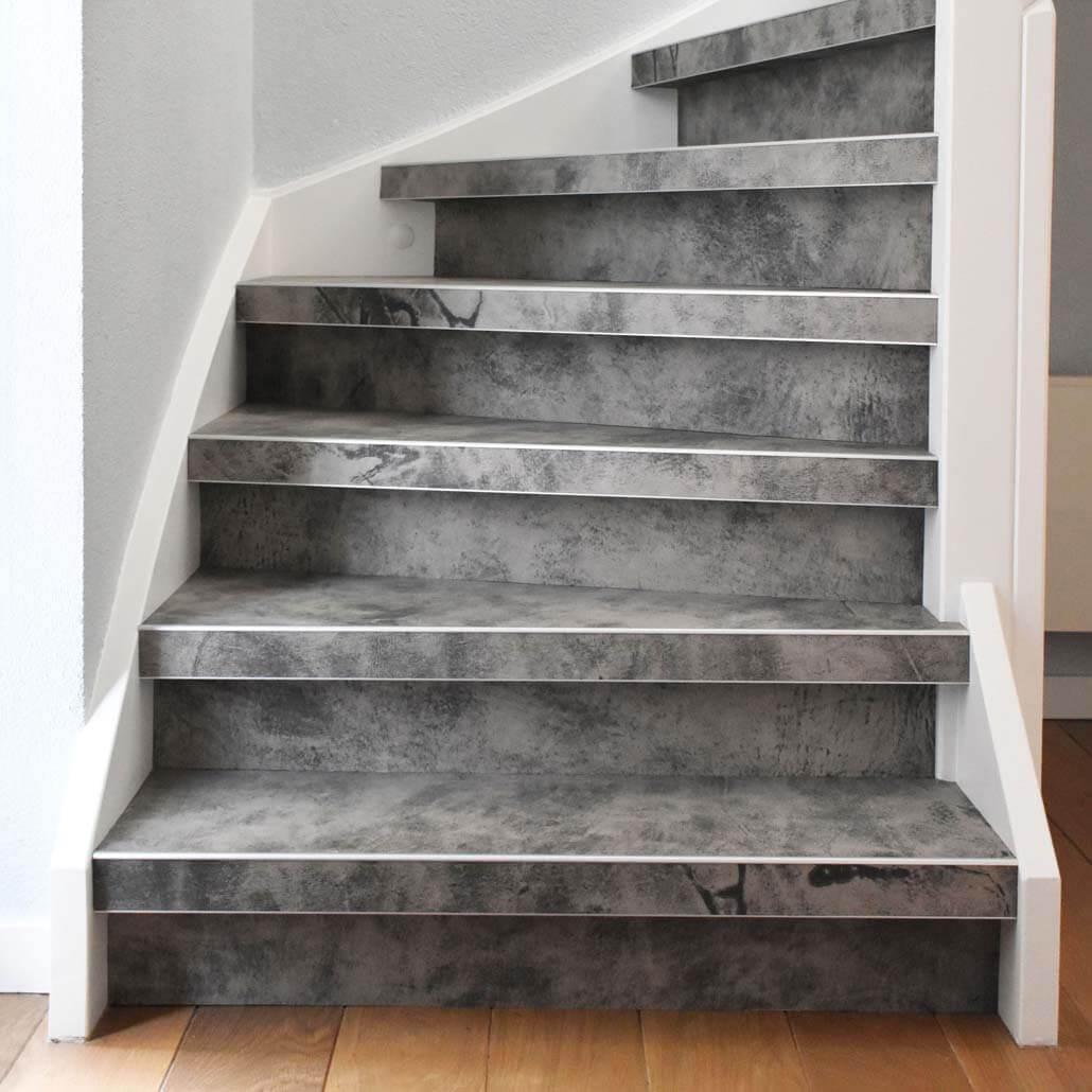 leren trapbekleding als traprenovatie kleur Quarzo