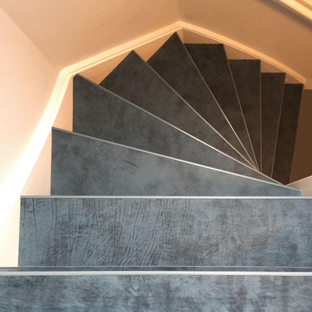 Boven aanzicht leren trapbekleding Zaffiro