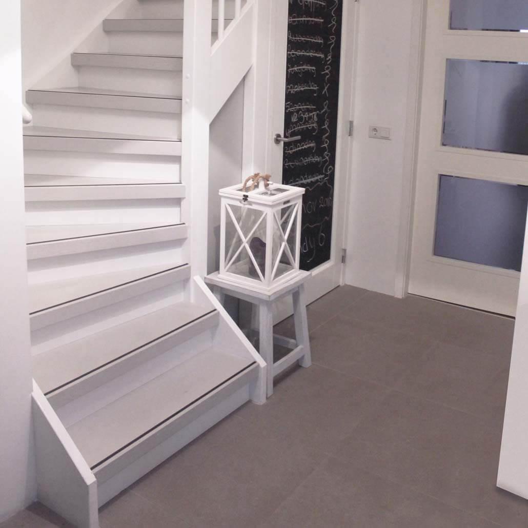 PaintWood overzettreden wit met antslip strip zwart
